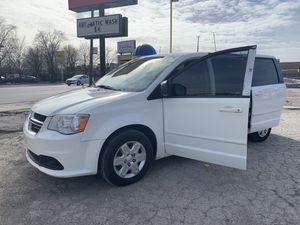 2011 Dodge Minivan for Sale in Chicago, IL
