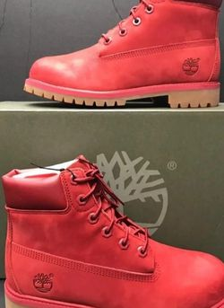 NEW TIMBERLAND YOUTH SIZE 6(FIT ON WOMEN SIZE 8)NUEVOS for Sale in Dallas,  TX
