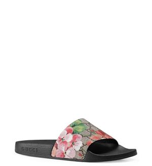 Gucci sandals for Sale in Los Angeles, CA