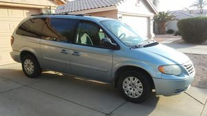 2005 Chrysler Town and Country minivan for Sale in Chandler, AZ
