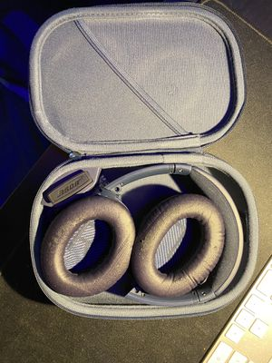 Bose quietcomfort series 1 limited edition blue for Sale in Lewisville, TX