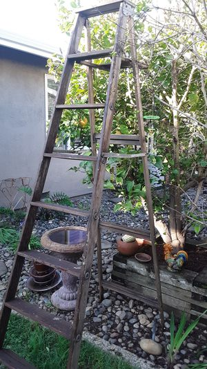Wood 7- Step Ladder- 96 in. High- Type II 225 lb.- Solid Good Condition for Sale in San Jose, CA
