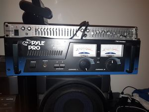 Pyle 1000 watt amp and equalizer. for Sale in Detroit, MI