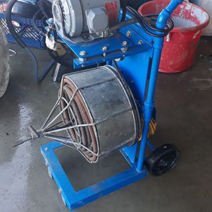 Hundred feet asking 200 needs a belt does work for Sale in Fountain Valley, CA