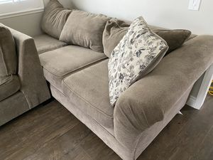 Sectional Couch for Sale in Rancho Cucamonga, CA