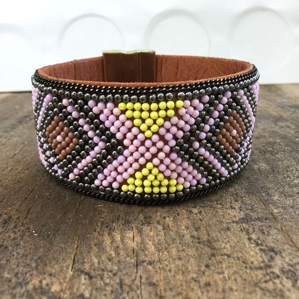 Handmade bohemian magnetic bracelet I do only ship through OfferUp