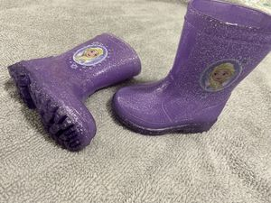 Toodler Girl- rain Boots- Size 6 ($5) for Sale in Peabody, MA