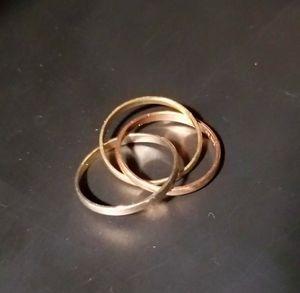 $150 triple anillo de 3 oros 14k for Sale in Las Vegas, NV