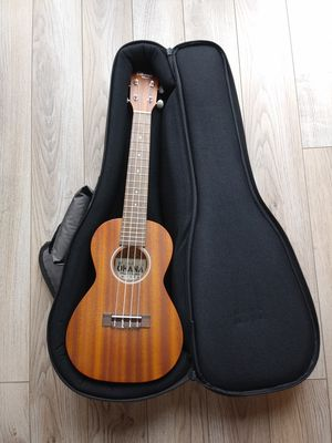 Ohana Handcrafted Ukulele. Model CK-10 for Sale in San Jose, CA