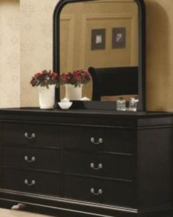 Dresser with mirror black finish for Sale in Puyallup,  WA
