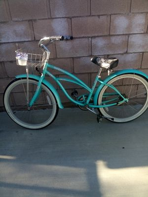 20 inch beach cruiser made by Electra bicycle company for Sale in Hemet, CA