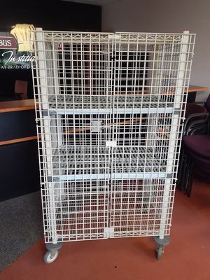 Metro mobile security cart for Sale in Columbus, OH