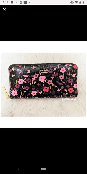 NWT ~ KATE SPADE, Cameron st Boho Lacey Wallet for Sale in Philadelphia, PA