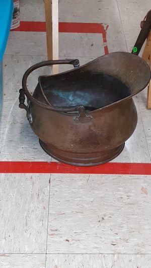 Antique copper kettle for Sale in Gautier, MS
