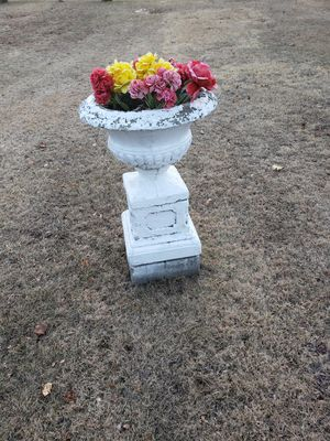 Cement urn planter for Sale in Chelmsford, MA