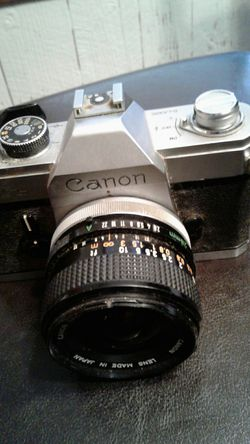 Canon FTb with 28mm cannon lens for Sale in Inman,  KS