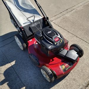 "Toro 190cc (22"") ( fully maintenance ) ( Self propelled ) (ready to mow) Lawn Mower for Sale in Garden Grove, CA"