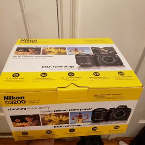 Nikon d3200 2 lense package for Sale in The Bronx, NY