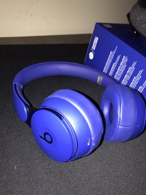 Beats solo pro wireless headphones for Sale in Queens, NY