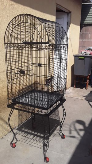 Bird cage. Just painted! Clean. Great condition. Easy to move around w wheels. Tall 5 ft. (From d wheels to the top) and 20 inch square. for Sale in Los Angeles, CA