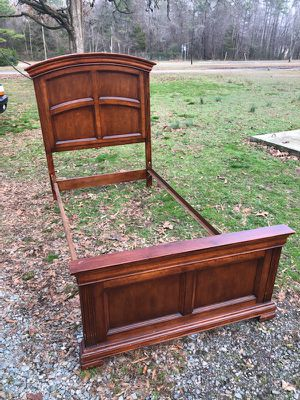 Twin wooden solid bed frame for Sale in Richmond, VA