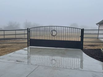 Pipe fence for Sale in Cleburne,  TX