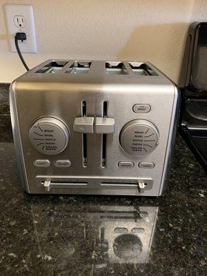 Toaster Cuisinart 4 slice for Sale in San Jose, CA