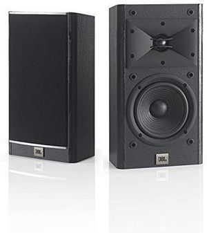 """Bookshelf Speakers Audio Music Bocina Parlante Altavoces de Estanteria JBL 5-1/2"""" for Sale in Miami, FL"""