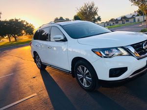 2019 Nissan pathfinder for Sale in Rialto, CA