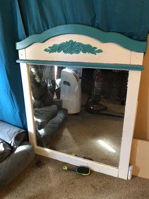 Vanity mirror for Sale in New Haven, IN