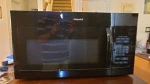 Hotpoint microwave for Sale in San Antonio, TX