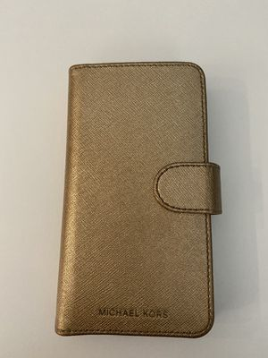 AUTHENTIC MICHAEL KORS IPHONE XS CASE $5 for Sale in Hollywood, FL