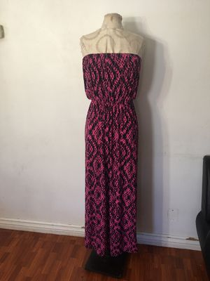 Pink and blue maxi size medium for Sale in Ontario, CA