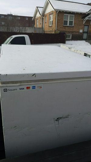 Chest freezer Frigidaire for Sale in Denver, CO