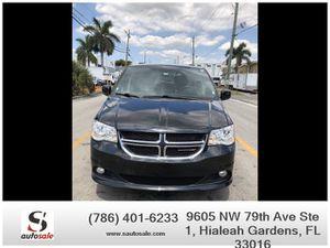 2017 Dodge Grand Caravan for Sale in Hialeah Gardens, FL