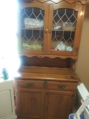 Table 4 chairs kitchen cabinet for Sale in Larksville, PA
