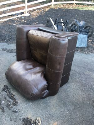 Leather chair free for Sale in Warrenton, VA