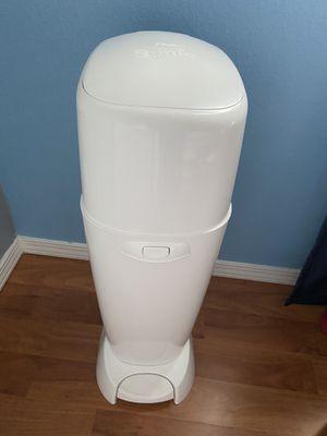 Genie diaper pail white for Sale in Riverside, CA
