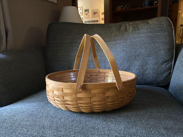 Longaberger basket 🧺 only display