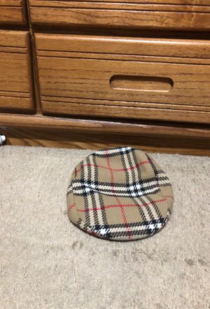 Burberry hat for Sale in Mundelein, IL