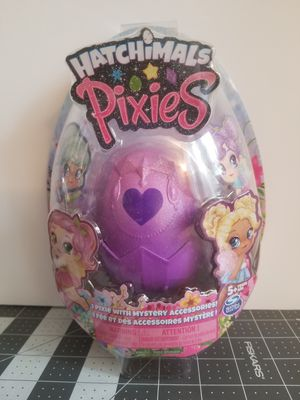 Hatchimals Pixies Royal Snow Ball Collectible Doll And Accessories for Sale in Hallandale Beach, FL