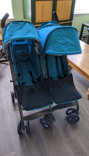 Brand New Joovy Double stroller - no ware! for Sale in Clearwater, FL