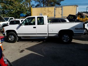 Chevy silverado 1998 for Sale in Auburn, WA