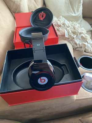 Beats by Dre headphones for Sale in NY, US