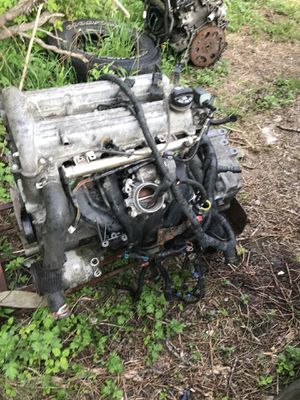 2.2L 4 cylinder ECOTEC ENGINE+ TRANNY RUN and DRIVE for Sale in Pittsburgh, PA