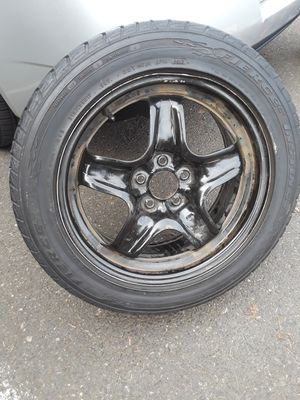 Tire for Pontiac for Sale in Portland, OR