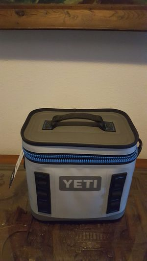 Yetti hopper flip (new) for Sale in Lakewood, CA