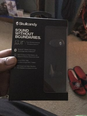 Must Go Today!! Brand New Skullcandy Wireless Earbuds for Sale in Germantown, MD