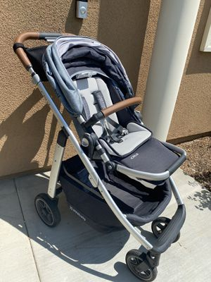 Uppababy Cruz stroller and Mesa infant car seat with base for Sale in Upland, CA