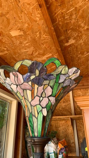 Stained glass floor lamp for Sale in San Diego, CA